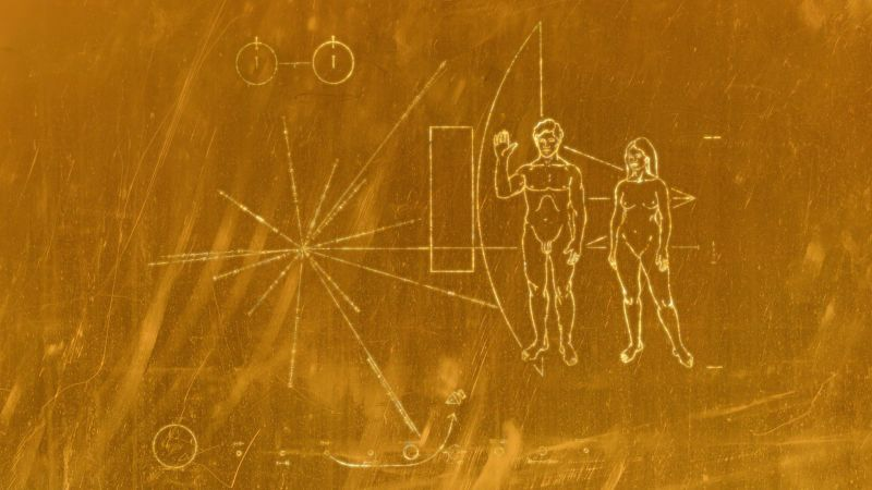 backgrounds_engraving_on_gold_plate_voyager_107241_